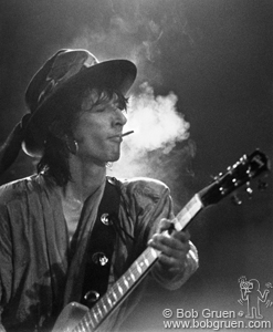 Johnny Thunders (in this classic shot by Bob Gruen)