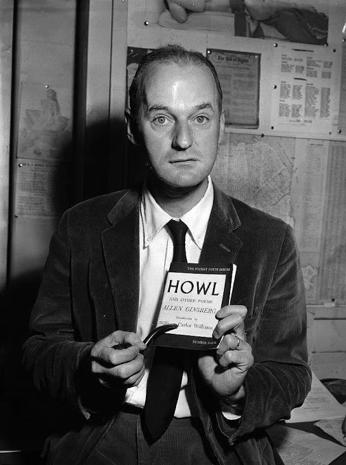 Hatlessly holding Howl, Lawrence Ferlinghetti in 1957